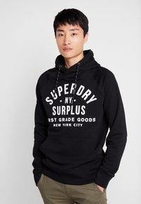 Superdry - SURPLUS GOODS POP OVER HOOD - Huppari - jet black - 0