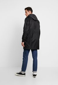 Superdry - GOODS COACH - Trenchcoat - black - 2