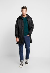 Superdry - GOODS COACH - Trenchcoat - black - 1