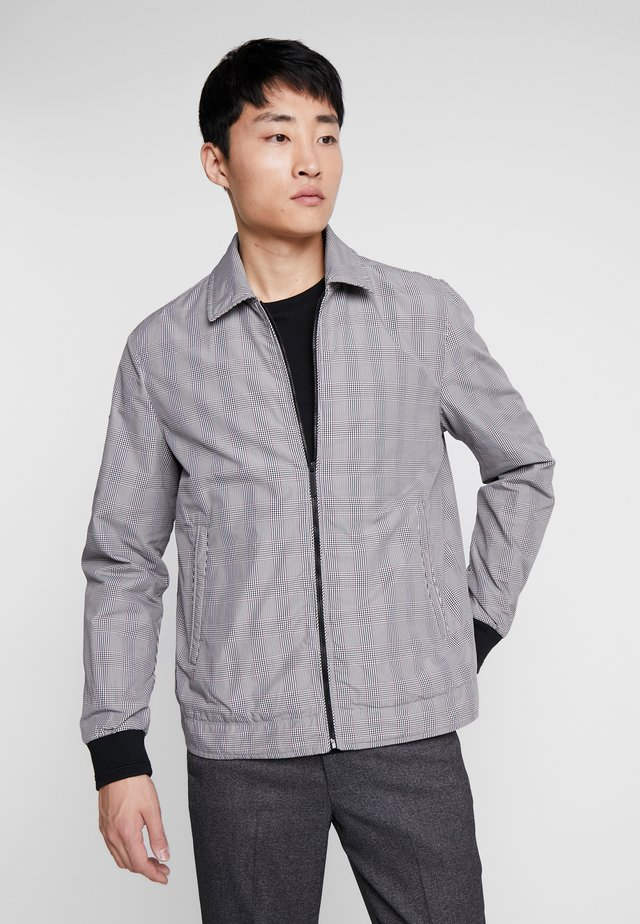 EDIT COLLARED HARRINGTON - Jas - grey check
