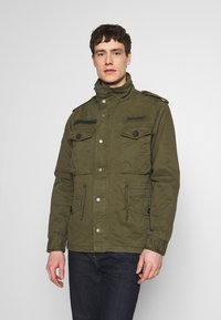 Superdry - ROOKIE FIELD JACKET - Summer jacket - ivy green - 0