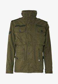 Superdry - ROOKIE FIELD JACKET - Summer jacket - ivy green - 4