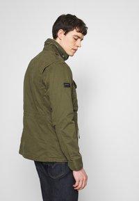 Superdry - ROOKIE FIELD JACKET - Summer jacket - ivy green - 2