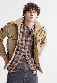 Superdry - FIELD - Summer jacket - dress beige - 0