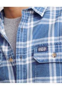 Superdry - MERCHANT MILLED LITE - Shirt - blue check - 3