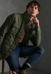 Superdry - CLASSIC ROOKIE - Summer jacket - army green - 2