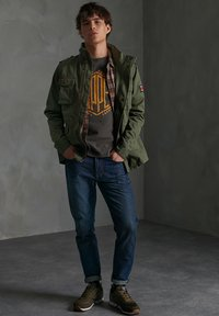 Superdry - CLASSIC ROOKIE - Summer jacket - army green - 0