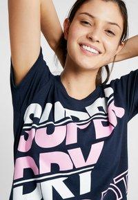 Superdry - SPORT BREAKER TEE - Print T-shirt - dark navy - 4