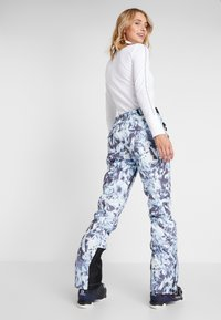 Superdry - LUXE SNOW PANT - Skibroek - frosted blue ice - 2