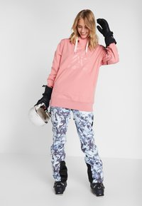 Superdry - LUXE SNOW PANT - Skibroek - frosted blue ice - 1