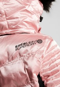 Superdry - LUXE SNOW PUFFER - Ski jas - ice pink metallic - 10