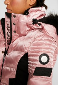 Superdry - LUXE SNOW PUFFER - Ski jas - ice pink metallic - 6