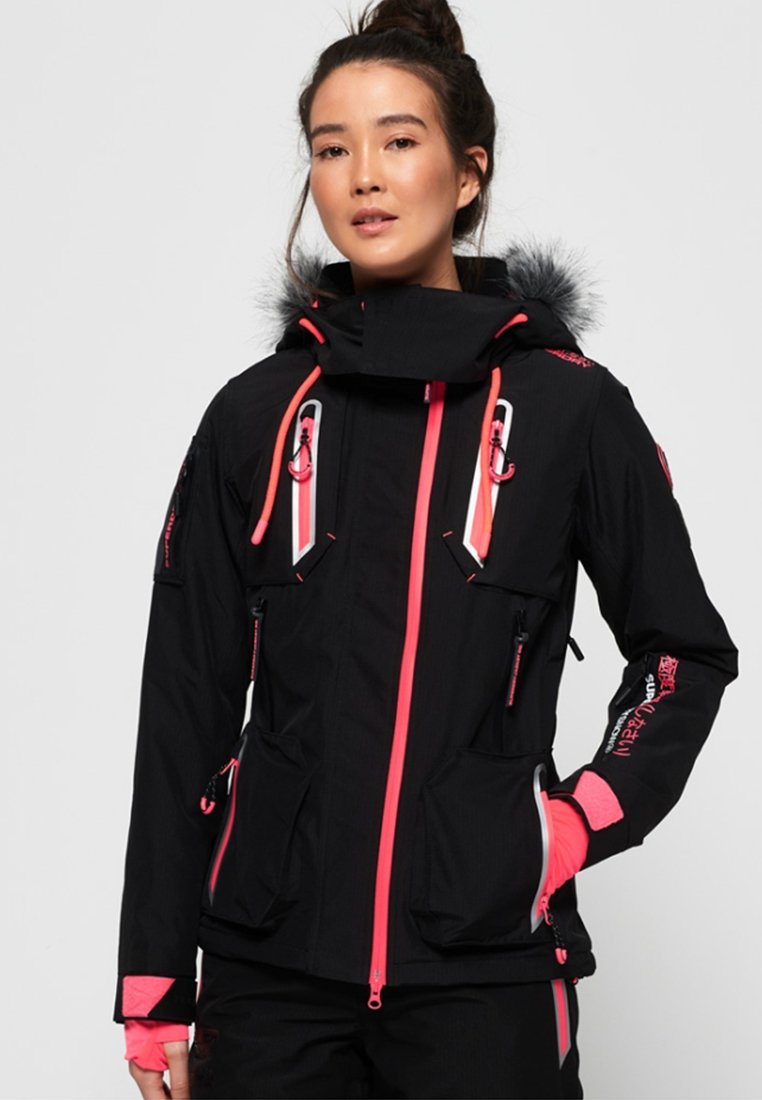 Superdry - ULTIMATE SNOW ACTION - Kurtka narciarska - black