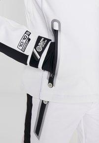 Superdry - SKI CARVE JACKET - Ski jas - arctic white - 12