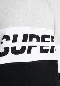 Superdry - SPORT PUSHER CREW - Sweatshirt - black - 5