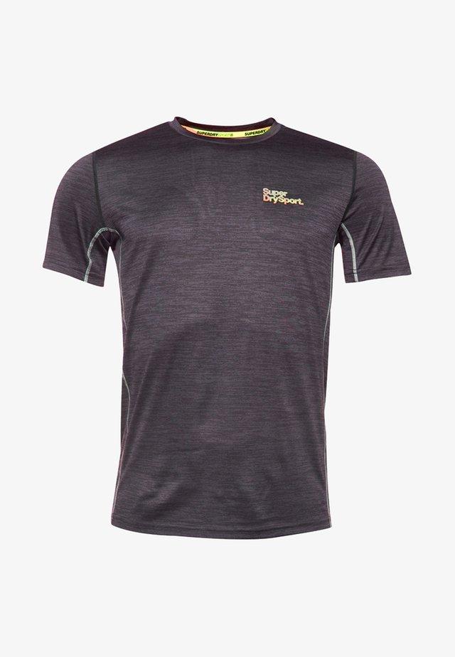 MIT KURZEN ÄRMELN - T-shirt basique - grey