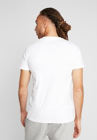 Superdry - HAZARD BOX TEE - Print T-shirt - white - 2