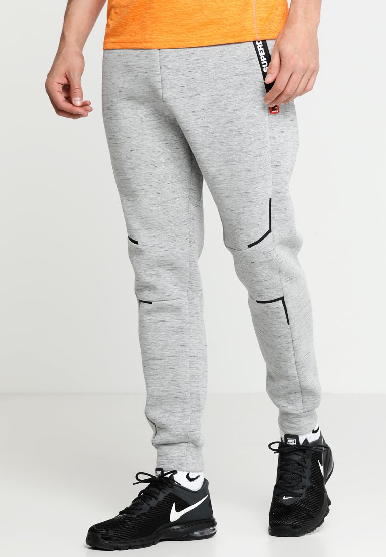 Superdry - GYM TECH STRETCH  - Tracksuit bottoms - city grey granite