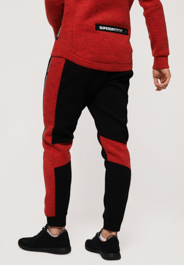 Survêtement Gym Black red TechPantalon De Superdry fygb76