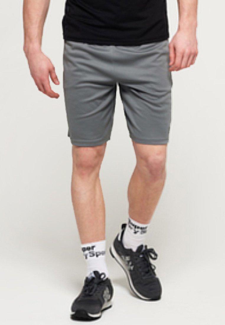 Superdry - kurze Sporthose - grey