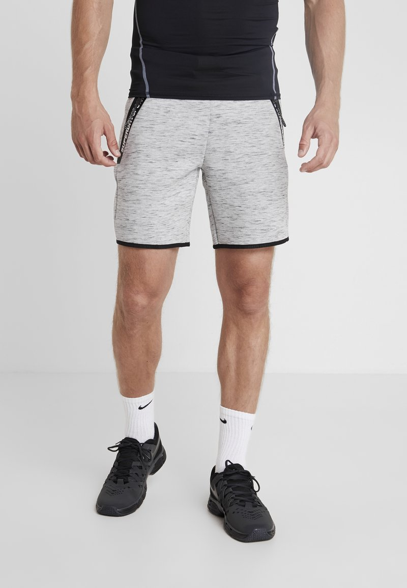 Superdry - CORE GYM TECH SHORT - kurze Sporthose - light grey