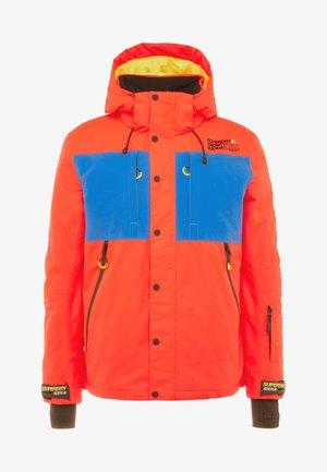 MOUNTAIN JACKET - Veste de ski - hazard orange/acid cobalt