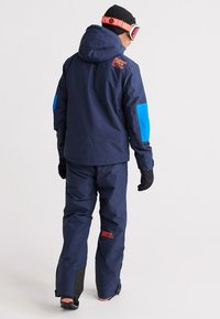 Superdry - MOUNTAIN JACKET - Skidjacka - navy marl/acid cobalt - 2