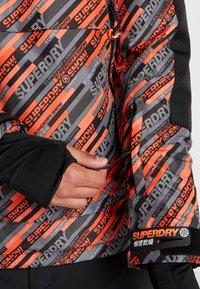 Superdry - Kurtka narciarska - orange/grey - 6