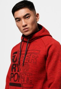 Superdry - Jersey con capucha - mottled red - 3
