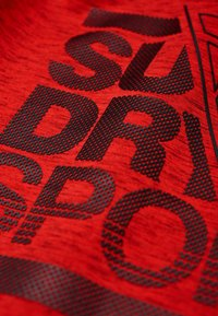 Superdry - Jersey con capucha - mottled red - 5