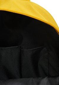 Superdry - Mochila - yellow - 5