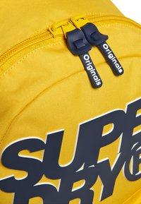 Superdry - Mochila - yellow - 3