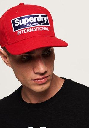 INTERNATIONAL B-BOY - Cap - red