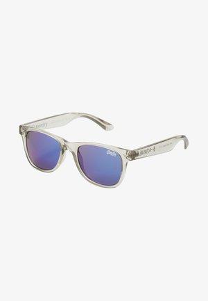 SUPERFARER - Sunglasses - gloss crystal grey