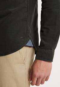 Suit - PACIFIC - Chemise - forrest green - 5