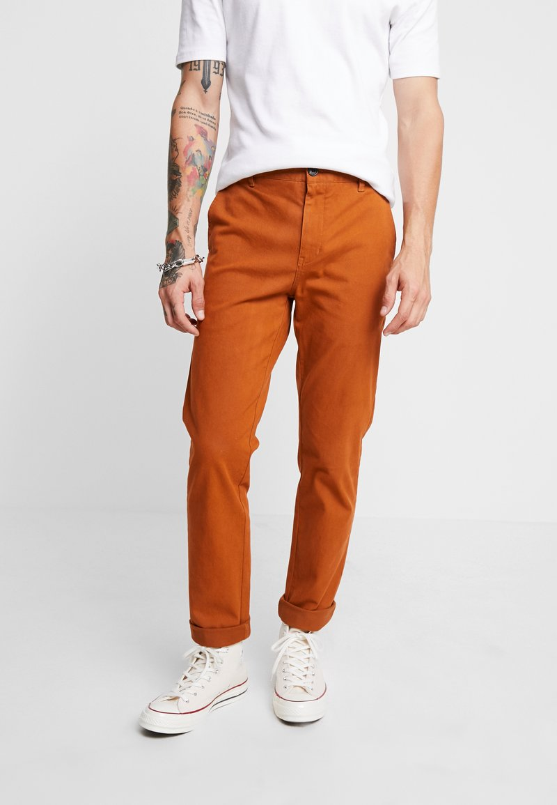 Suit - FRANK - Chinos - golden brown