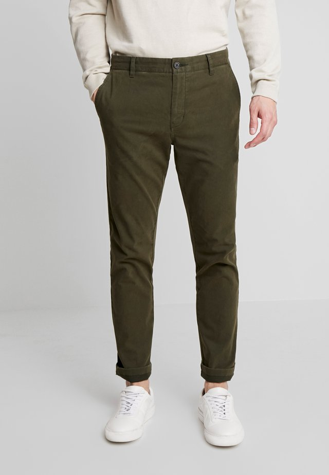 FRANK - Chinos - forrest green
