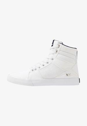 ALUMINUM - Sneakersy wysokie - white