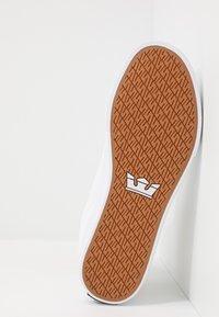 Supra - ALUMINUM - Sneakersy wysokie - white - 4