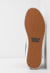 Supra - ALUMINUM - Sneakers high - grey/black/white - 4