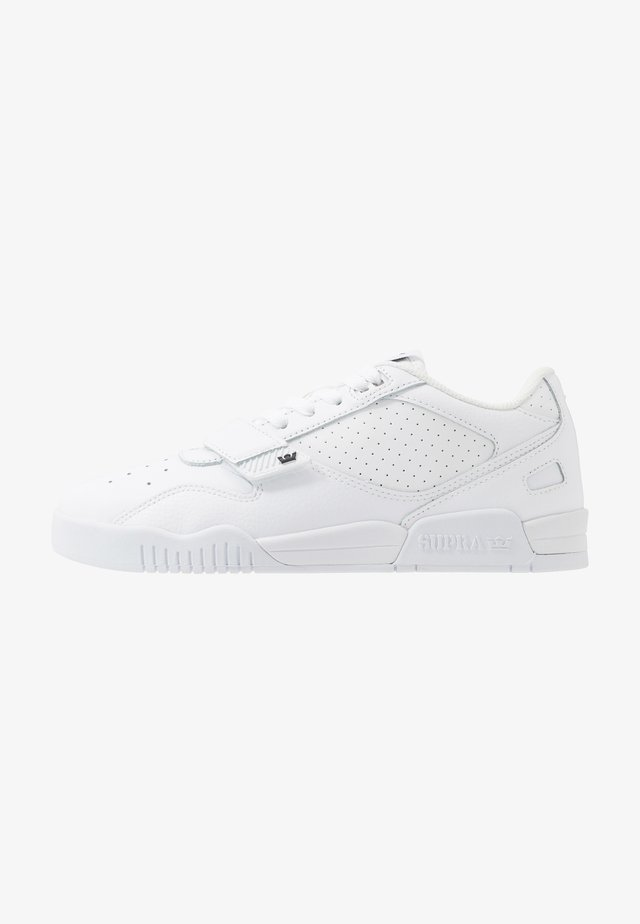 BREAKER  - Sneakers basse - white