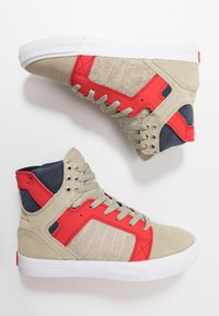 Supra - SKYTOP - Sneakers hoog - stone/risk red/white - 1