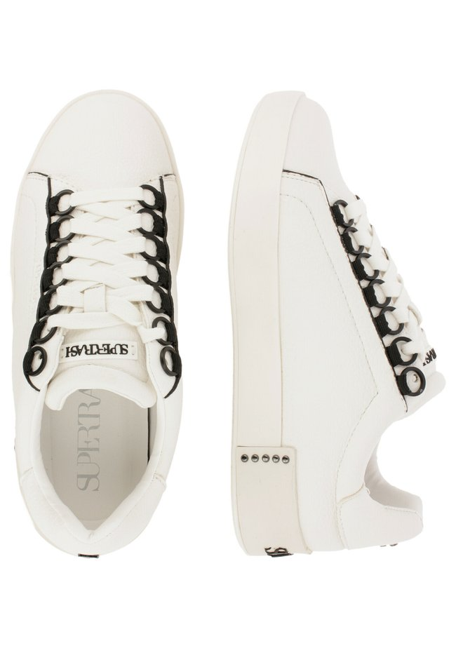 LINA CED  - Sneakers laag - wht-blk