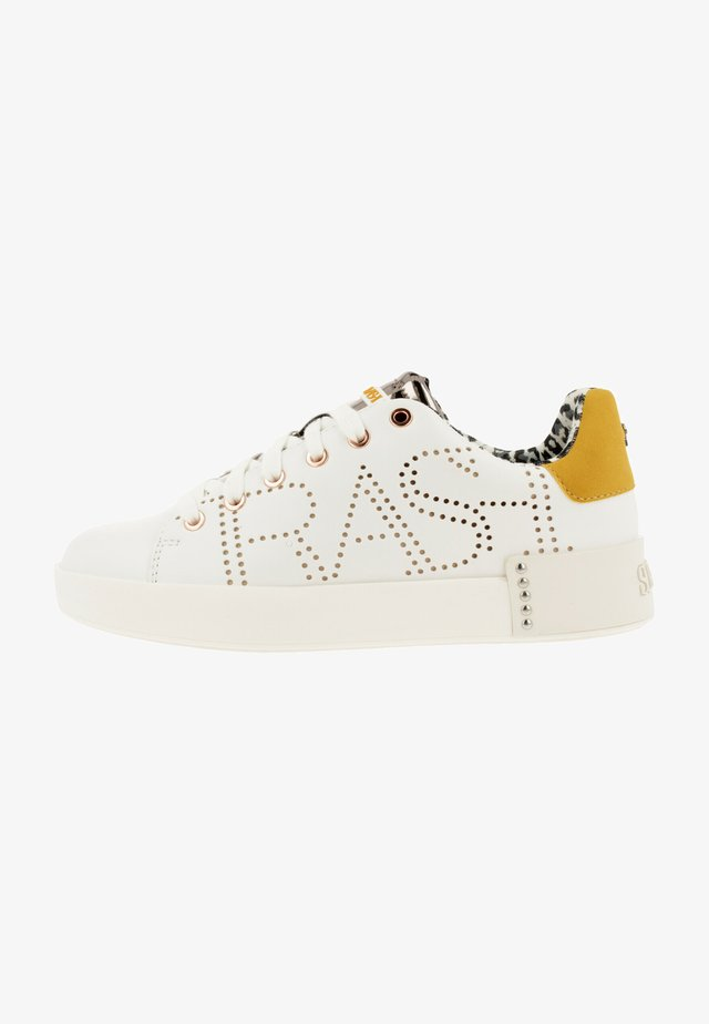 SUPERTRASH LEWI LSR - Sneakers laag - wht-ylw