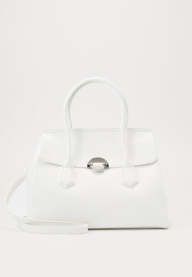 NAENCY - Handväska - white