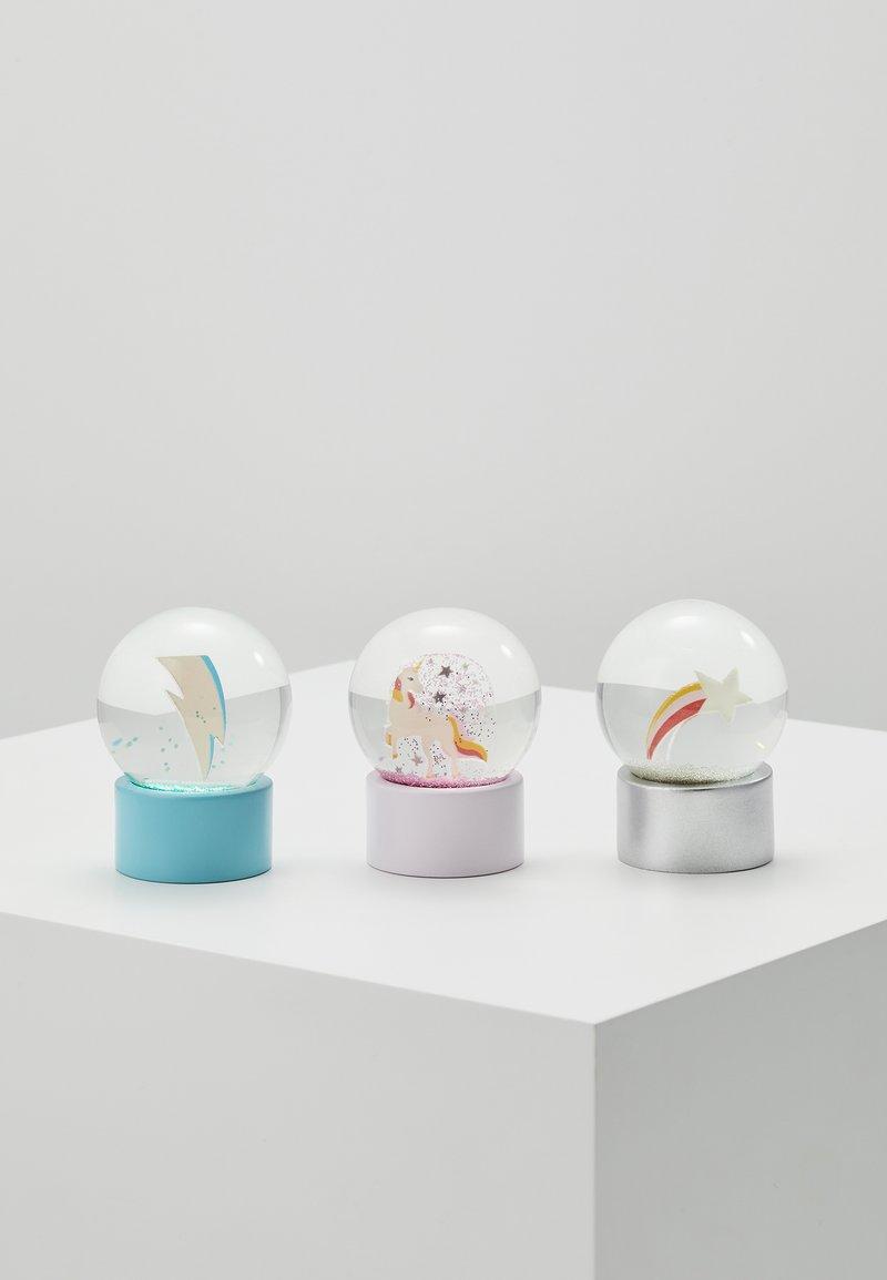 Sunnylife - MINI GLOBES 3 PACK - Legetøj - multicoloured