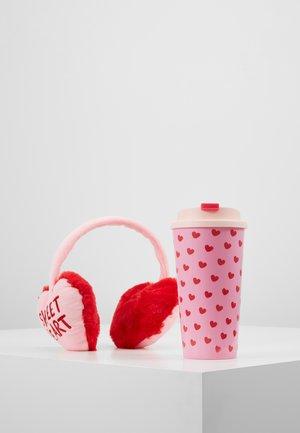 KEEP WARM MUG SET - Ear warmers - pink