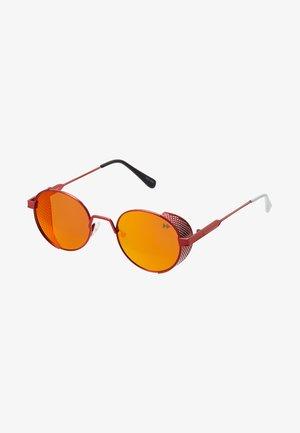 Sluneční brýle - fierry red metal/real red revo polarized