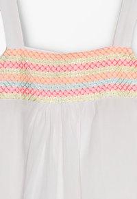 Sunuva - GIRLS SMOCKED TOP DRESS - Robe d'été - white - 5