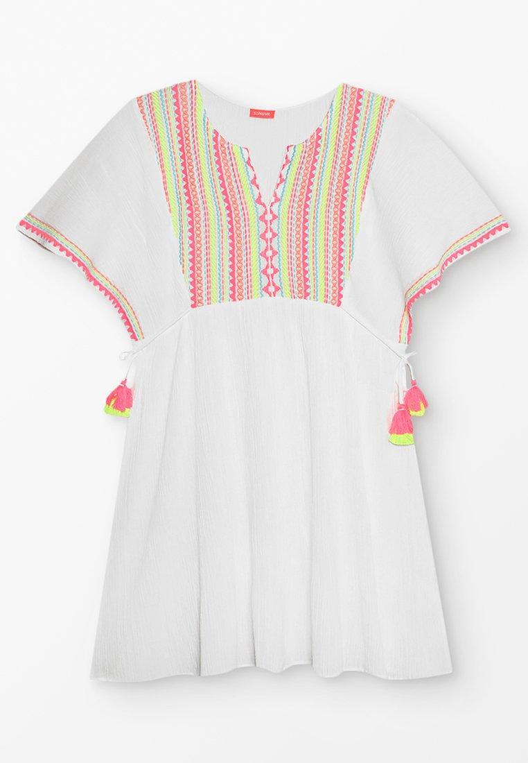 Sunuva - YOUTH GIRLS SMOCKED CHEESECLOTH DRESS - Vardagsklänning - white